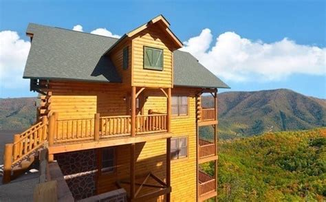 cabins for rent in pigeon forge tn 4 reasons to vacation in our large cabin rentals in