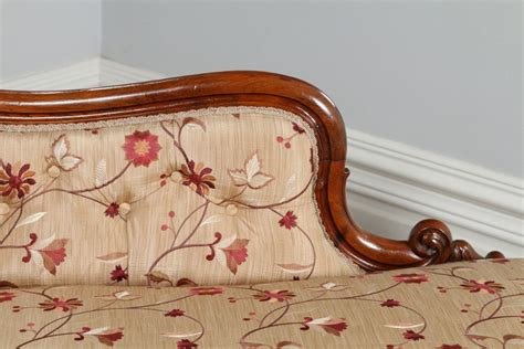 Chaise Longue Bed Settee by Rosewood Upholstered Silk Chaise Longue Day