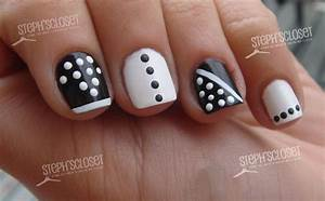 Nail Art Design 2014: Simple nail art black and white colour