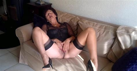 showing porn images for christina nylons porn handy