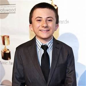 Atticus Shaffer 2018: Haircut, Beard, Eyes, Weight ...
