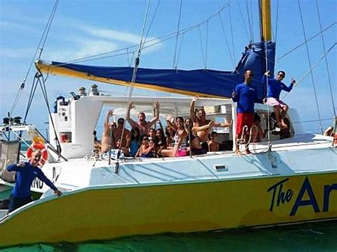 Catamaran Aruba Price by Aruba Catamaran Sail And Antilla Ship Wreck Snorkel