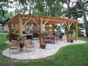 Outdoor Kitchen Selber Bauen : wie kann man eine pergola selbst bauen anleitung und fotos ~ Lizthompson.info Haus und Dekorationen