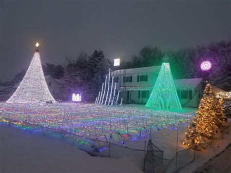 best christmas lights in nj these 9 homes have the best christmas lights in all of new