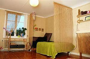 Bamboo wall bedroom wwwimgkidcom the image kid has it for Bamboo curtains in bedroom