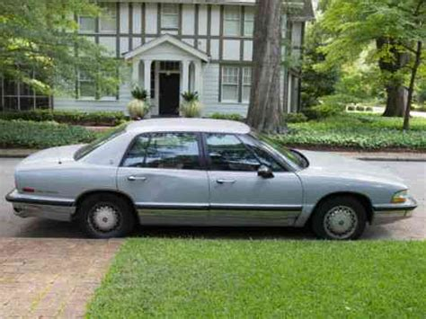 how petrol cars work 1991 buick park avenue free book repair manuals buick park avenue 1991 i am offering a with only 91 200 miles this is