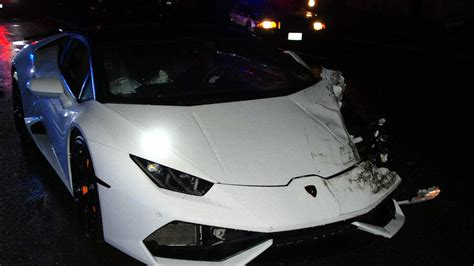 crashed lamborghini huracan 23 year old party goer crashes rented lamborghini in