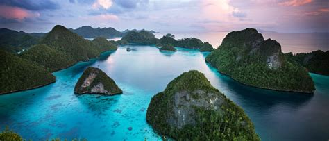 raja ampat expedition  amanwana luxury resort aman
