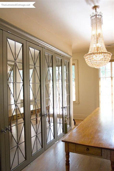 Glass Mirror Closet Doors by 25 Best Ideas About Mirrored Closet Doors On