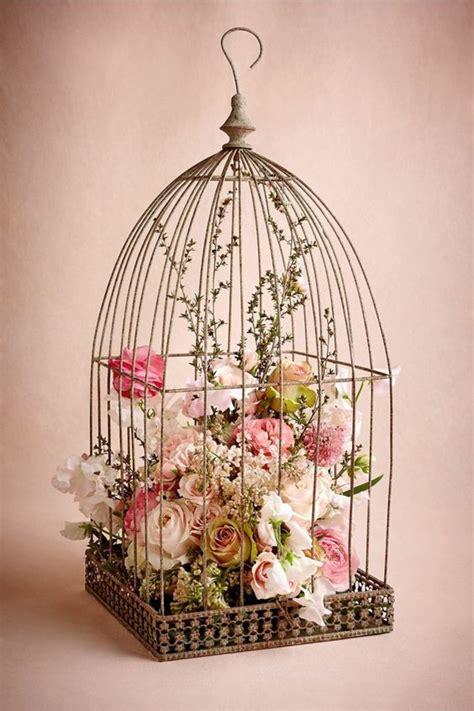 la cage 224 oiseaux d 233 corative tendance shabby chic archzine fr floral arrangements shabby