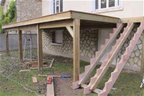 realiser une terrasse en bois sur pilotis terrasse bois sur pilotis