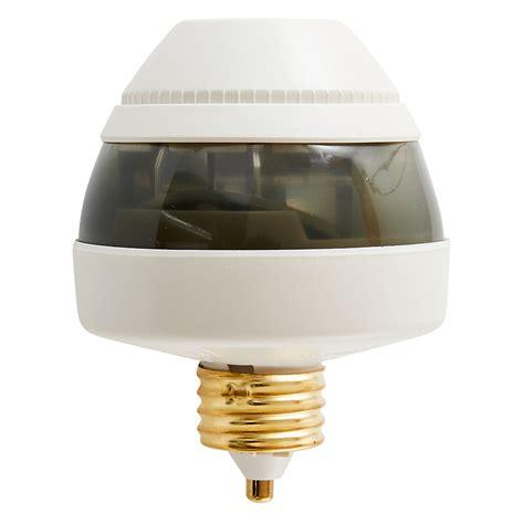 motion sensor for fluorescent lights first alert pir725 motion sensing light socket compact