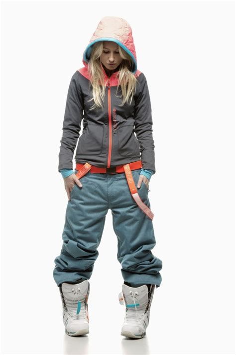 Cool snowboard look -- I canu0026#39;t wait to go snowboarding! | Clothing cosyness | Pinterest ...