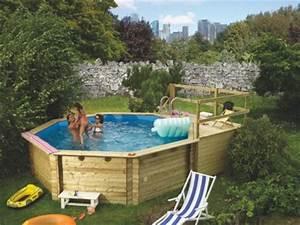 Schwimmbecken Im Garten : swimmingpool holzpool pool im garten ~ Sanjose-hotels-ca.com Haus und Dekorationen
