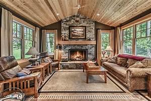 Rustic Living Room with Carpet & Ceiling fan in Oak Harbor ...