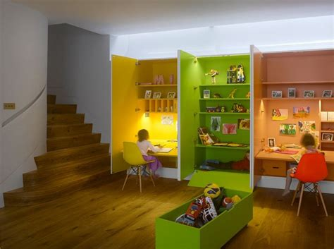 le de bureau orange couleur chambre enfant 35 idées à part la peinture murale
