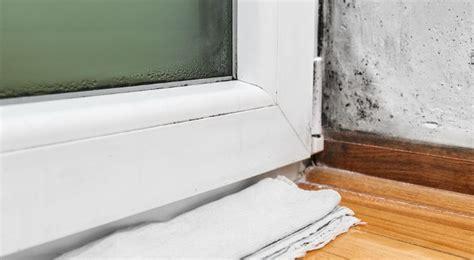 Почему потеют пластиковые окна изнутри в квартире зимой и что делать?— 12 answers