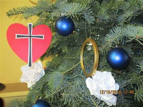 luthers christmas tree reformation stories tree decorations from martin luther s seal living lutheran