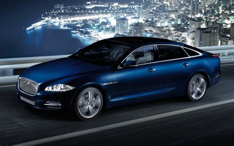 Blue Jaguar Car Wallpaper 8130 1920 X 1200