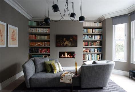 sala sofa marrom e parede cinza sala cinza 18 ideias para a decora 231 227 o casa vogue