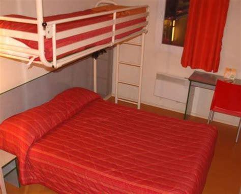 roissy chambres hotel premiere classe aeroport roissy cdg sur hôtel à