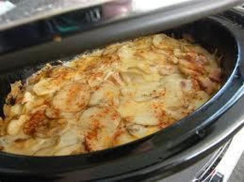 crock pot scalloped potatoes crock pot scalloped potatoes with ham recipe just a pinch recipes