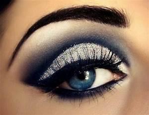 Smokey Eyes Blaue Augen : smokey eyes schminken f r sexy frauen ~ Frokenaadalensverden.com Haus und Dekorationen
