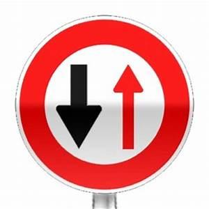 Panneau De Signalisation Code De La Route : signalisation routi re panneaux d 39 interdiction b15 r visez le code de la route sur ~ Medecine-chirurgie-esthetiques.com Avis de Voitures
