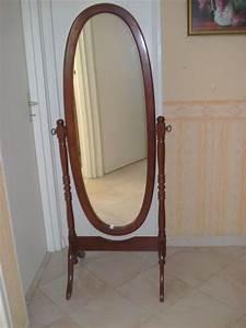 Miroir Sur Pied : miroir psych bois merisier pied clasf ~ Teatrodelosmanantiales.com Idées de Décoration