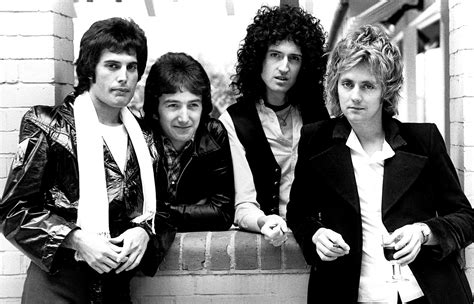The 10 Greatest Queen Songs Of All Time