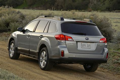 We may earn money from the links on this page. SUBARU Outback specs & photos - 2009, 2010, 2011, 2012 ...