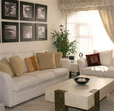 ruang tamu minimalis modern mewah  cantik