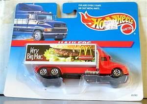 Hot Wheels Haulers Very Big Mac Truck On Card  65743