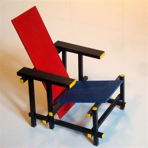 pics for gt gerrit rietveld and blue chair