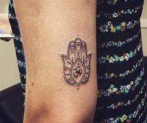 Tattoo Traumfänger Bedeutung : hamsa die hand der fatima tattoo bedeutung 30 ideen ~ Frokenaadalensverden.com Haus und Dekorationen