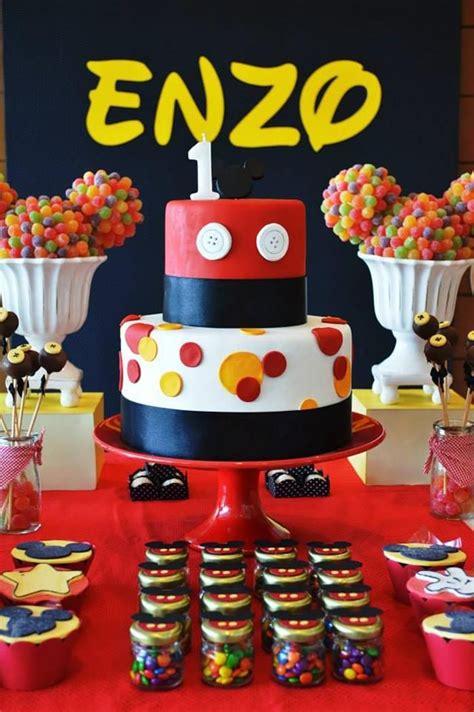 1st birthday kara 39 s party ideas amazing cake at a mickey mouse 1st birthday party via kara