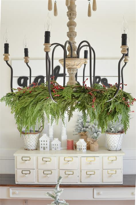 How To Decorate A Chandelier by How To Decorate A Chandelier For