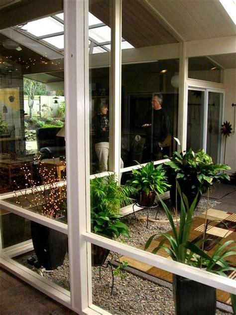 atriums courtyards  modern homes images  pinterest midcentury modern modern