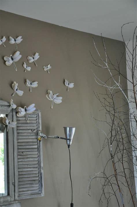 chambre mur taupe mur taupe et libellules home made sur les murs
