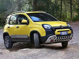Fiat Panda Jaune : 2014 fiat panda cross italian suv jaune wallpaper 1600x1200 395015 wallpaperup ~ Gottalentnigeria.com Avis de Voitures