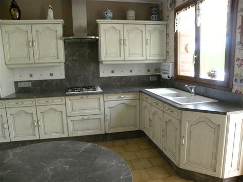cuisine blanc cassé cuisine blanc cassé patine grise gilles martel