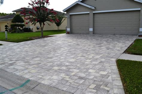 decor tips front yard with driveway pavers and lawn