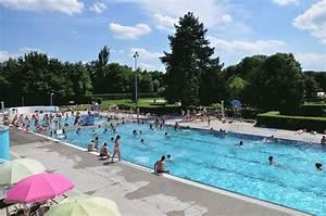 Piscine St Germain Du Puy : piscine de plein air de molsheim en alsace dans le bas ~ Dailycaller-alerts.com Idées de Décoration