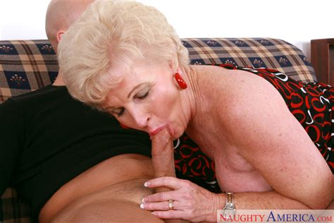 Mrs Jewell And Ram In My Friends Hot Mom Naughty America