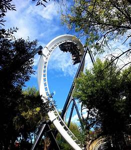 Index of /parks/pimages/Six_Flags_Magic_Mountain/Full_Throttle