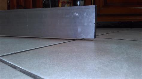 parquet stratifié cuisine parquet stratifie pour cuisine 10 pose de lame pvc