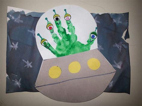 119 best images about preschool themes outer space on 420 | e0d93bebd4695cc4e0659529ee3d0790 unicorn crafts infant art