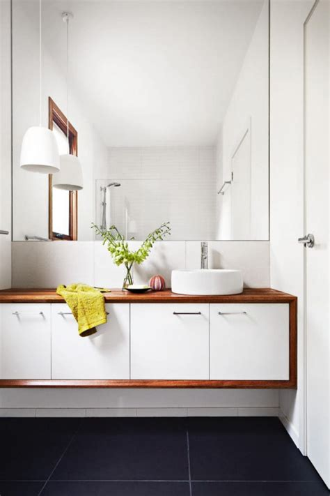 Contemporary Bathroom Vanity Ideas by 1000 Ideas About Small White Bathrooms On