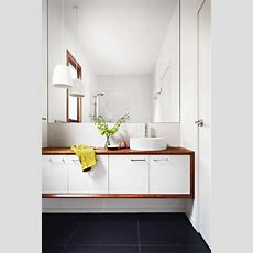 1000+ Ideas About Small White Bathrooms On Pinterest