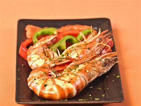 cuisine gambas food on